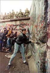 Chute du Mur de Berlin.jpg