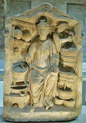 Meditrina guérisseuse (bas-relief du IIème s. - Epinal).jpg